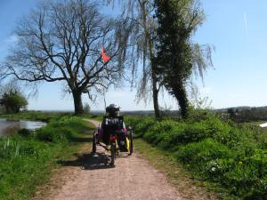 Raised high above the world, the canal makes for a great viewing platform with easy riding.